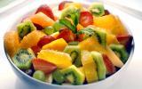 5 salade de fruits magnifiées grâce aux fraises