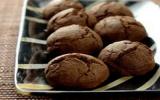 Biscuits fourrés au chocolat noir intense