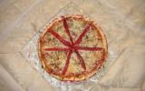 Pizza oignons et poivron rouge