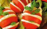 Salade tomate-mozzarella en éventail