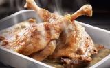 Confit de canard et sa sauce aux cèpes
