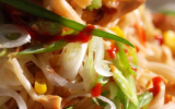 Nouilles chinoises au poulet et au maïs