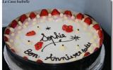 Gâteau sablé à la pistache et mousse de fraise