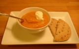 Soupe aux poivrons et légumes du jardin