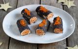 Mini-bûches apéritives au pesto rosso, graines de pavot et œufs de saumon