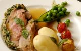 Épaule d'agneau en croûte d'herbes aux légumes bretons