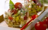 Salade de crozets, dés de tomates, poivron jaune, concombre, féta, basilic, vinaigrette à l'huile d'olive et au citron