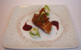 Magret de canard roti, petits navets et fèves glacés à la cannelle, réduction de vin mielé à l'orange, sapin épicé
