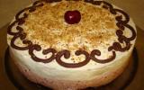 Bavarois cerise et chocolat blanc sur roses des sables