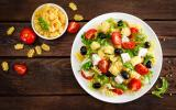 Trois salades de pâtes qui changent de la thon-tomates