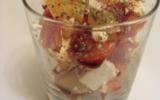 Salade de tomate au chorizo, féta et ananas