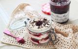 12 idées de recettes à faire et à emporter dans un bocal