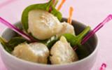 Apéro de Saint-Jacques aux épinards et noix de coco