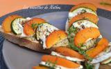Crostinis aux abricots, courgette et fromage de chèvre