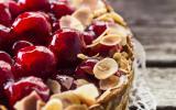 Gâteau aux cerises confites et amandes