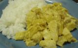 Curry de poulet au lait de coco et pommes