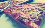 Pizza sans gluten à la farine de riz et maïzena