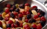 Fricassée de fruits au jus de pain d'épices et de thé