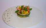 Gariguettes, orange, kiwi, menthe, et tuile au sésame noir, comme une salade, vinaigrette épicée colza sésame à la vanille