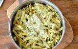 One Pan Pasta - Penne rigate aux oignons & brocoli