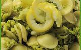 Orecchiette aux brocolis et parfumées au citron