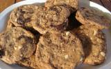 Gros cookies au chocolat, aux amandes et noisettes