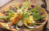 Carpaccio de magret de canard lafitte et sa salade fraîche