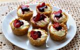 Mini-cheesecakes sans cuisson à la cerise