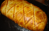 Saumon entier en croûte feuilleté à la mousseline de Saint-Jacques et émulsion de beurre au citron