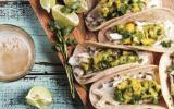 Tacos au poisson et salsa de mangue à l'avocat