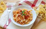 Tagliatelles fraîches maison à la sauce tomate