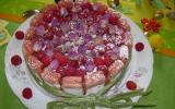 Charlotte aux framboises et biscuits roses de Reims