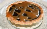 Tartelette au chocolat noir sur lit de caramel au beurre salé