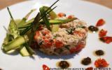 Araignée de mer aux tomates confites, asperges et tapenade