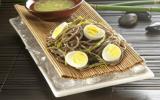 Salade de nouilles Soba et magret de canard aux graines de sésame grillées
