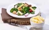 Salade d'épinards avec gruyère AOC