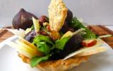 Tartelettes salade d'automne : brebis, figue, noisette et roquette
