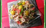 Salade de graines germées, pamplemousse et fleurs de bleuets