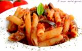 Penne à la sauce tomate & aux aubergines