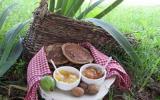 Pancake à la farine de châtaigne accompagné d'un chocolat chaud