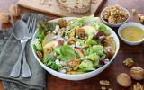 Salade de mesclun aux pommes, poires, fêta et Noix du Périgord AOP