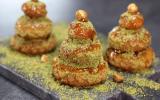 Mini-sapins, choux caramel et pistache