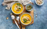 Velouté de carottes aux poireaux et au curry doux