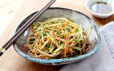 Salade de nouilles Soba à la courgettes et aux carottes
