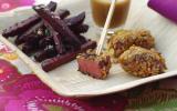Petites bouchées de pigeon  en croute de noisettes, frites de betterave  et sauce onctueuse au bouillon ariaké et aux épices