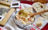 Camembert rôti aux noix