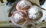 Muffins cœur Nutella glaçage chocolat au lait parsemé de noix de coco