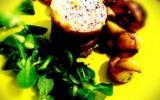 Millefeuilles pommes confites, magret de canard fumé et foie gras