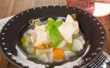 Nage de sole au basilic, légumes marinés