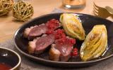 Magret de canard aux endives caramélisées et sauce aux groseilles
